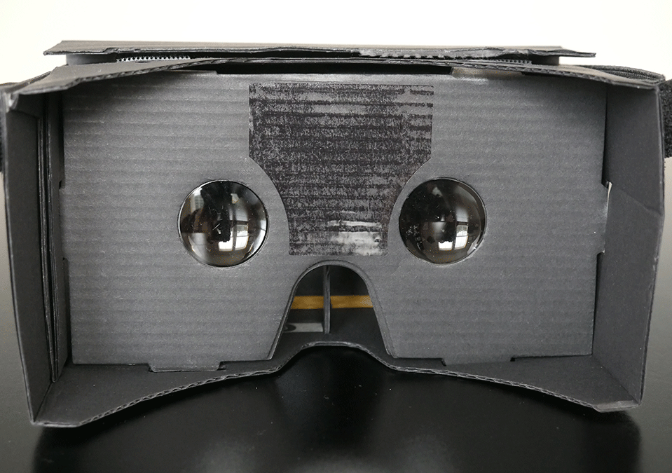 """The Mobile Virtual Reality Experience: A Good """"Taste"""" of VR"""